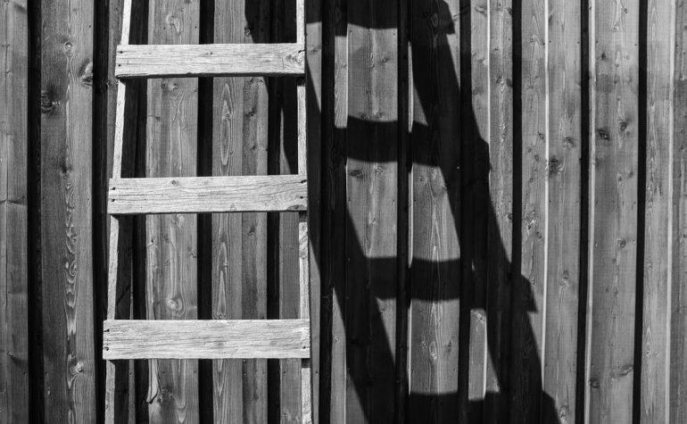 Verhuizing op grote hoogte? Huur een verhuislift met ladder