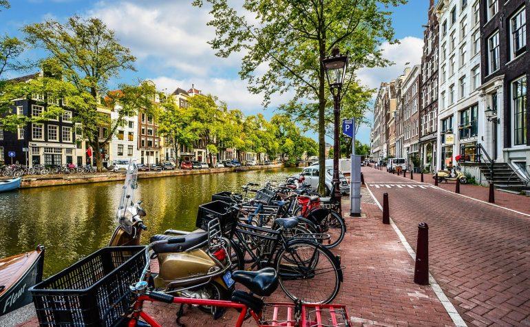 Je woning in Amsterdam verhuren: dit moet je weten